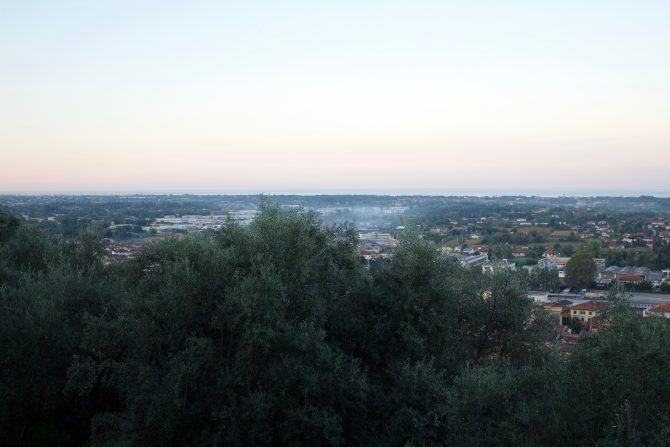 sunrise 1 over Pietrasanta